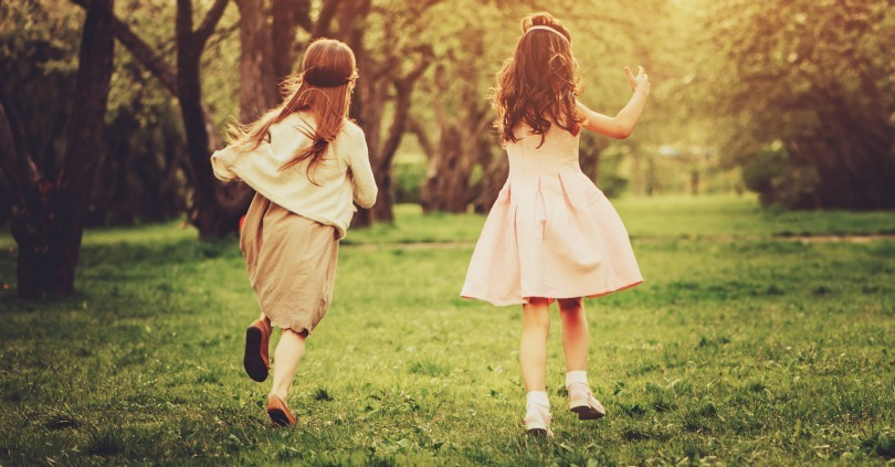11 Things A True Friend Never Does