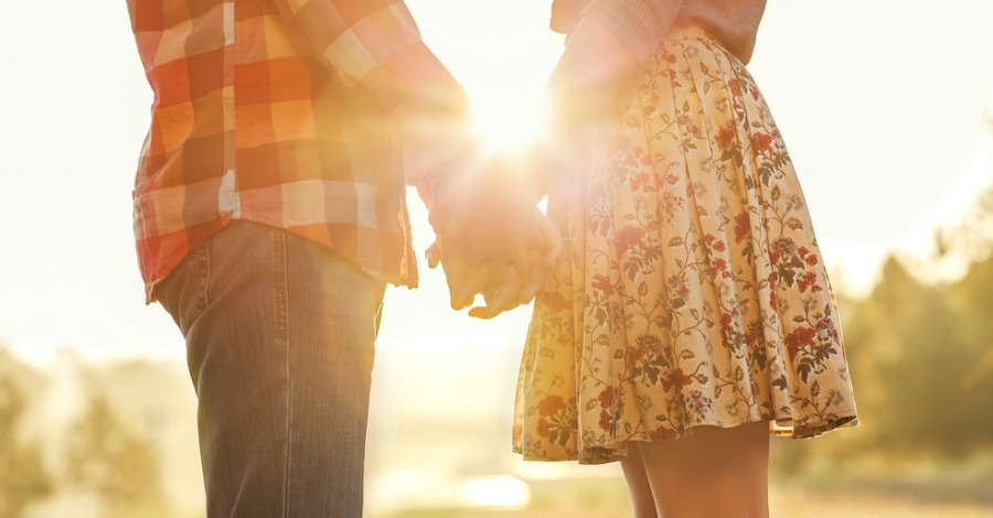5 Tips for a Happier Relationship (Backed by Science)